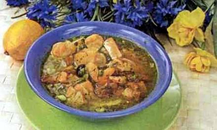 Суп из семги и лисичек